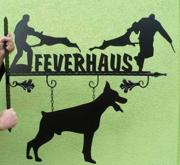 Feverhaus Dobermans